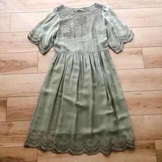 anatelier - anatelier 花柄刺繍 レーヨンワンピース ドレス