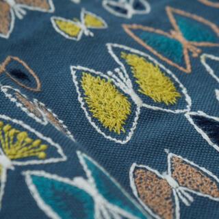 mina perhonen - ミナペルホネン  sky flower ブルー  生地幅半分×30cm弱