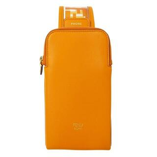 フェンディ(FENDI)のフェンディ ズッカ スマホケース ボディバッグ レザー PVC オレンジ(ボディーバッグ)