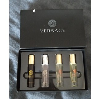 VERSACE - VERSACE ロールオン 香水 4本セット 新品