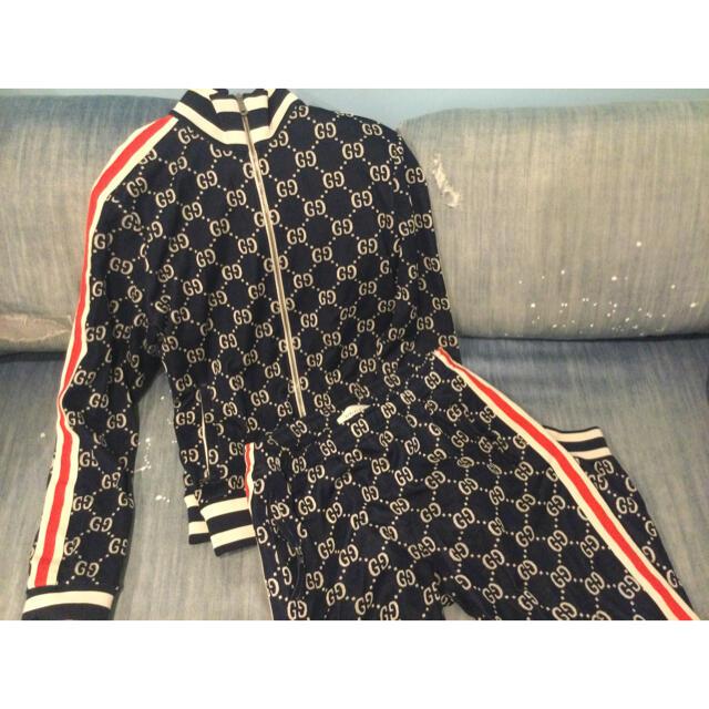 Gucci(グッチ)のファースト様専用 GUCCI GGジャカートジャージ  メンズのトップス(ジャージ)の商品写真