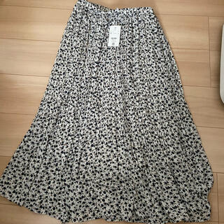 LOWRYS FARM - 新品未使用タグ付き 小花柄 プリーツスカート