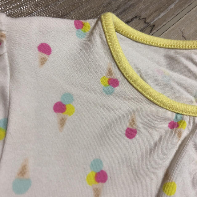 UNIQLO(ユニクロ)のユニクロ パジャマセット アイスクリーム 100サイズ キッズ/ベビー/マタニティのキッズ服女の子用(90cm~)(パジャマ)の商品写真