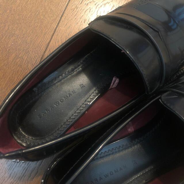ZARA(ザラ)のZARAスタッズ付ローファー レディースの靴/シューズ(ローファー/革靴)の商品写真