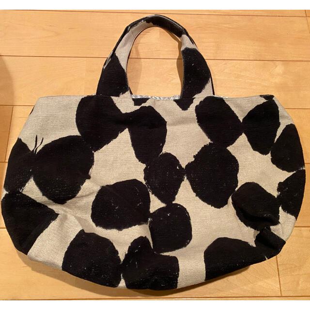 mina perhonen(ミナペルホネン)の値下げミナペルホネン パニーニバック スローダンス美品 レディースのバッグ(トートバッグ)の商品写真