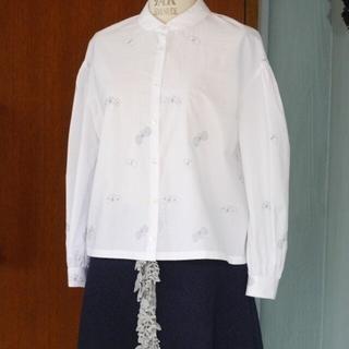 mina perhonen - ミナペルホネン/choucho刺繍/丸襟コットンブラウス38タグ付き未使用