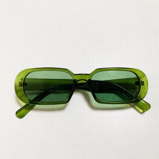 四角 カラーレンズ サングラス 緑