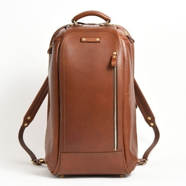 HERZ(ヘルツ)のHERZ QUJIRA(TB-1906) キャメル 2019年旅モノ  メンズのバッグ(バッグパック/リュック)の商品写真