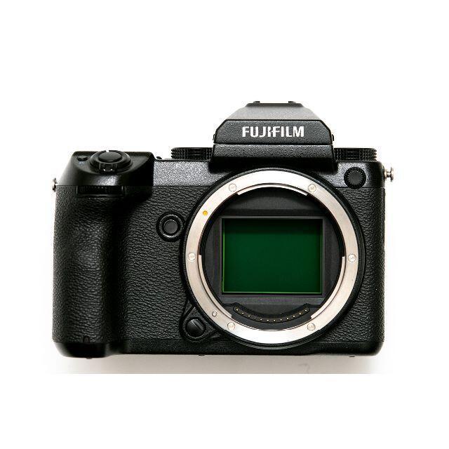 富士フイルム(フジフイルム)の【極美品】FUJIFILM GFX50S+GF63mm F2.8 R WRセット スマホ/家電/カメラのカメラ(ミラーレス一眼)の商品写真