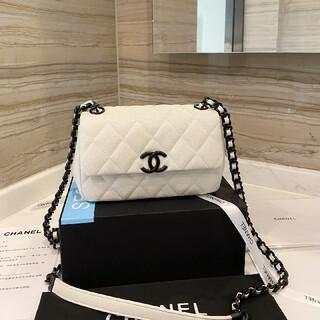 CHANEL - Chanel ショルダーバッグ  so black