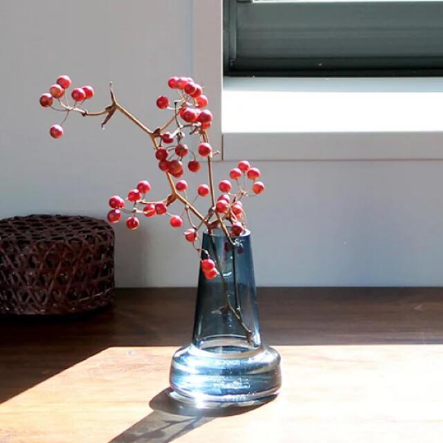 iittala(イッタラ)の【美品です】ホルムガード フローラ ベース 12cm ロング ブルー インテリア/住まい/日用品のインテリア小物(花瓶)の商品写真