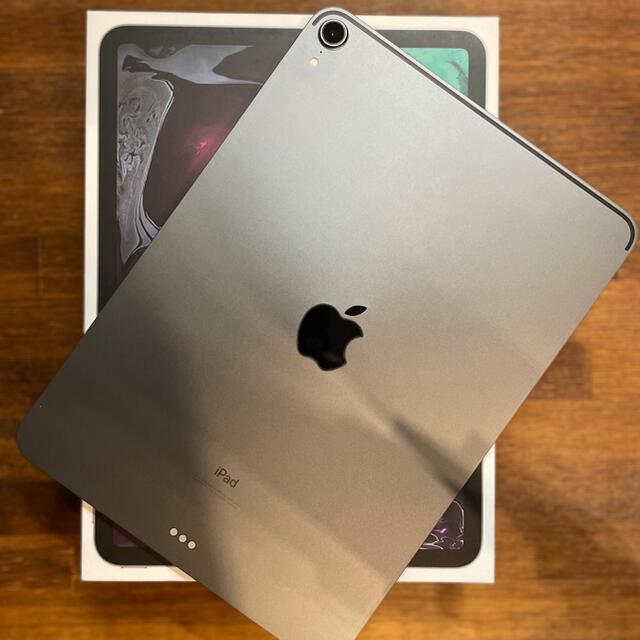 iPad(アイパッド)の極美品 iPad Pro 11 inch 256gb Wi-Fi スペースグレイ スマホ/家電/カメラのPC/タブレット(タブレット)の商品写真