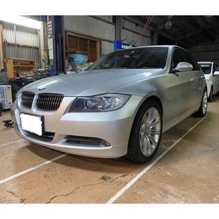 BMW - BMW 320i  サンルーフ. 本革シート 車検2年付き