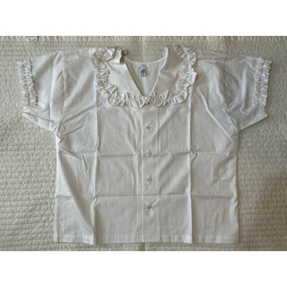 コムデギャルソン(COMME des GARCONS)のコムコム フリル襟 半袖ブラウス シャツ Sサイズ 白 新品 コムデギャルソン(シャツ/ブラウス(半袖/袖なし))