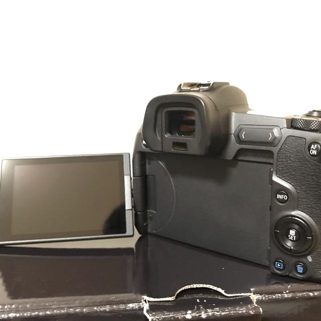 Canon(キヤノン)のCanon EOS R 5年保証付き スマホ/家電/カメラのカメラ(ミラーレス一眼)の商品写真