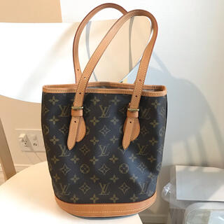 LOUIS VUITTON - 【数日限定】ルイヴィトン モノグラム バケット PM M42238 トートバッグ