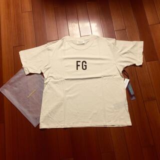 FEAR OF GOD - fogessentialsサイズMベージュTシャツ