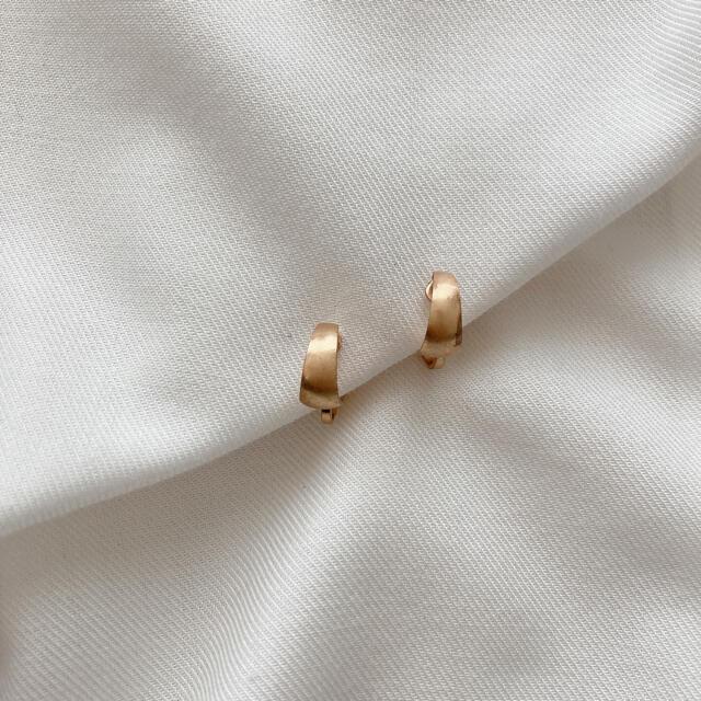 Ameri VINTAGE(アメリヴィンテージ)のゴールド ビンテージ風イヤリング レディースのアクセサリー(イヤリング)の商品写真