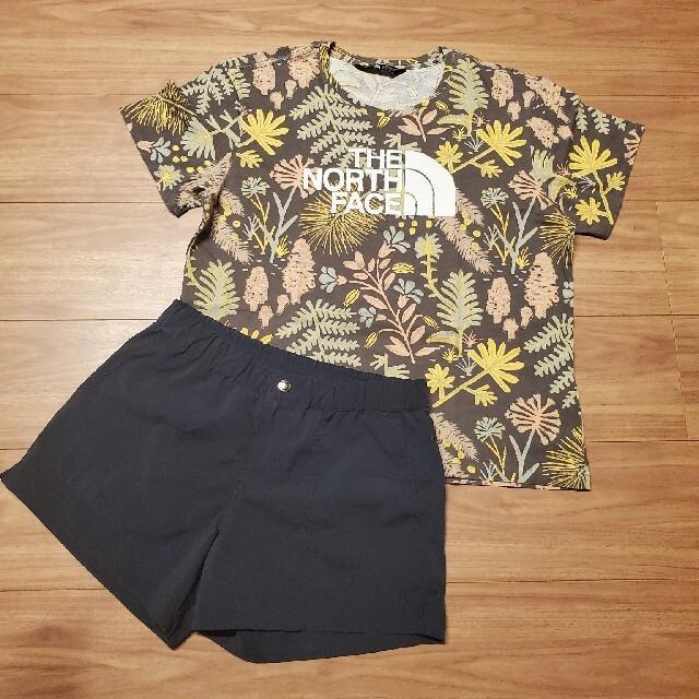 THE NORTH FACE(ザノースフェイス)のノースフェイス レディースTシャツ(Mサイズ)&ショートパンツ(Sサイズ)セット レディースのトップス(Tシャツ(半袖/袖なし))の商品写真