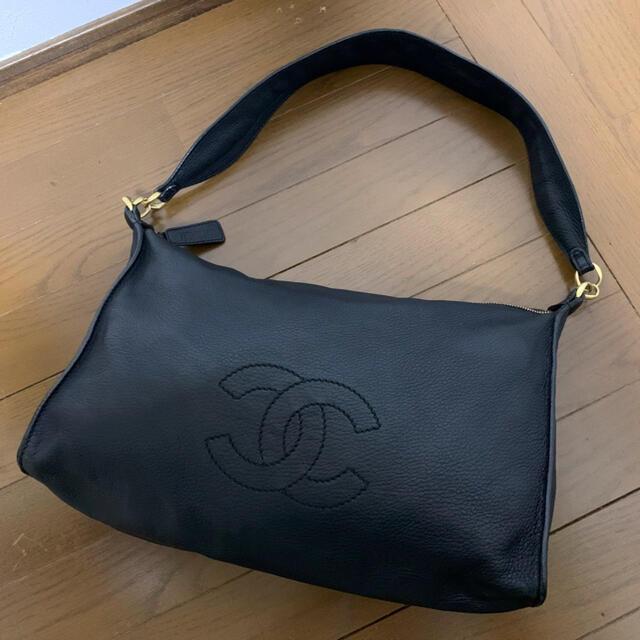 CHANEL(シャネル)の国内正規物&美品!ヴィンテージ シャネル デカココ ソフトカーフ セミショルダー レディースのバッグ(ショルダーバッグ)の商品写真