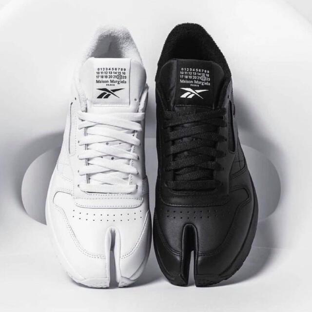 Maison Martin Margiela(マルタンマルジェラ)の【ブラック24.5cm 新品未開封】リーボック x メゾンマルジェラ tabi レディースの靴/シューズ(スニーカー)の商品写真