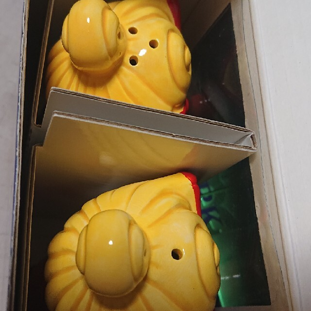 HYSTERIC MINI(ヒステリックミニ)の値下げ不可 ヒステリックミニ ヒスミニ 調味料入れ ソルト ペッパー 陶器 キッズ/ベビー/マタニティの授乳/お食事用品(その他)の商品写真