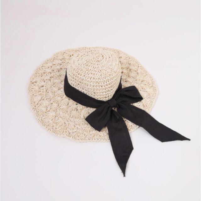 who's who Chico(フーズフーチコ)の【最終値下げ】リボンストローハット レディースの帽子(麦わら帽子/ストローハット)の商品写真