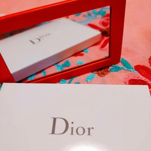 Dior(ディオール)のディオール カナージュ ロゴ ミラー レッド ノベルティ レディースのファッション小物(ミラー)の商品写真