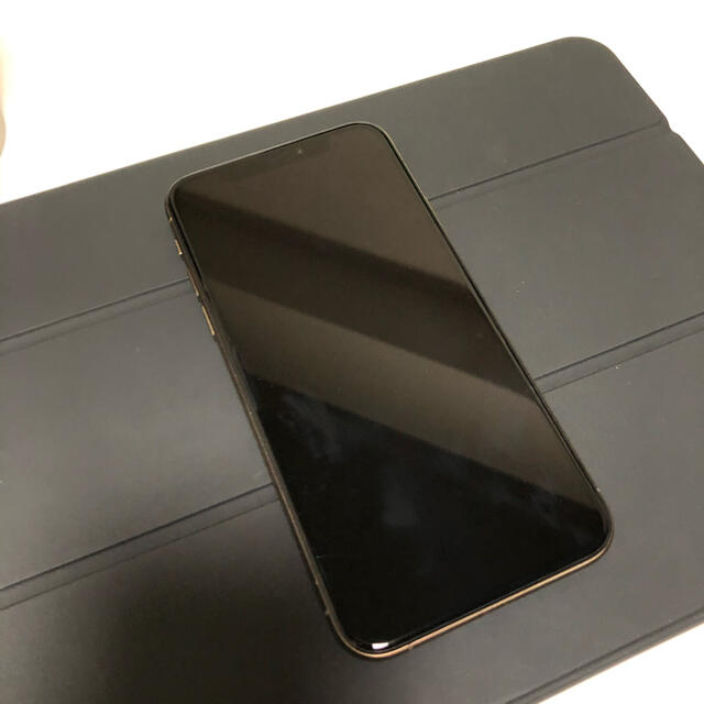 Apple(アップル)のiPhoneXS 64G Gold simフリー スマホ/家電/カメラのスマートフォン/携帯電話(スマートフォン本体)の商品写真