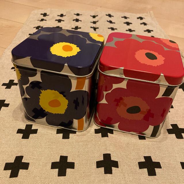marimekko(マリメッコ)のマリメッコ   ウニッコ 缶 2個セット インテリア/住まい/日用品のインテリア小物(小物入れ)の商品写真