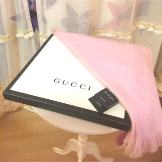 Gucci - GUCCI  GGパターンストールマフラー