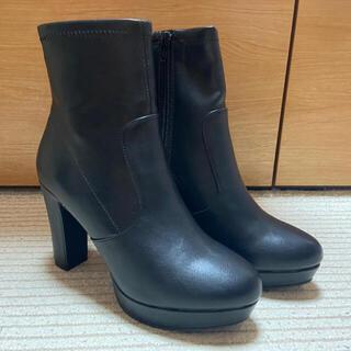 リゾイ(REZOY)の【新品】リゾイ ストレッチショートブーツ Lサイズ(ブーツ)