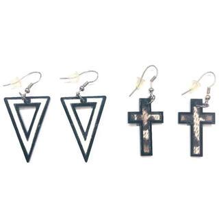 ZARA - 【新品】トライアングル十字架ピアス2点セット