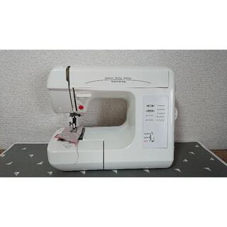 トヨタ(トヨタ)のTOYOTA(トヨタ)コンパクトミシン EM983 通電・試し縫い確認済み(その他)