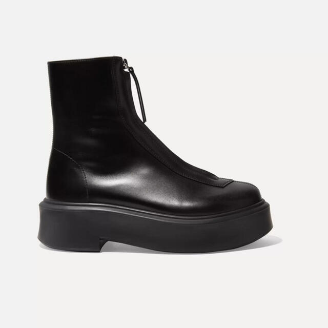 THE ROW  Zip boots レディースの靴/シューズ(ブーツ)の商品写真
