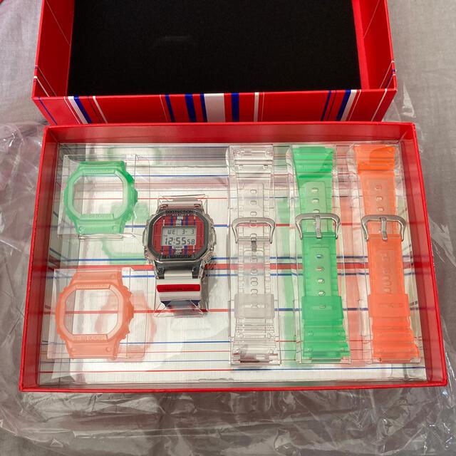 CASIO(カシオ)の佐藤可士和展 CASIO カシオ G SHOCK DWE-5600KSS‐7JF メンズの時計(腕時計(デジタル))の商品写真