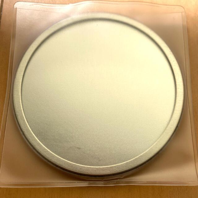 【新品】ゴールデンボンバー ミラー ケース付き 手鏡 エンタメ/ホビーのタレントグッズ(ミュージシャン)の商品写真