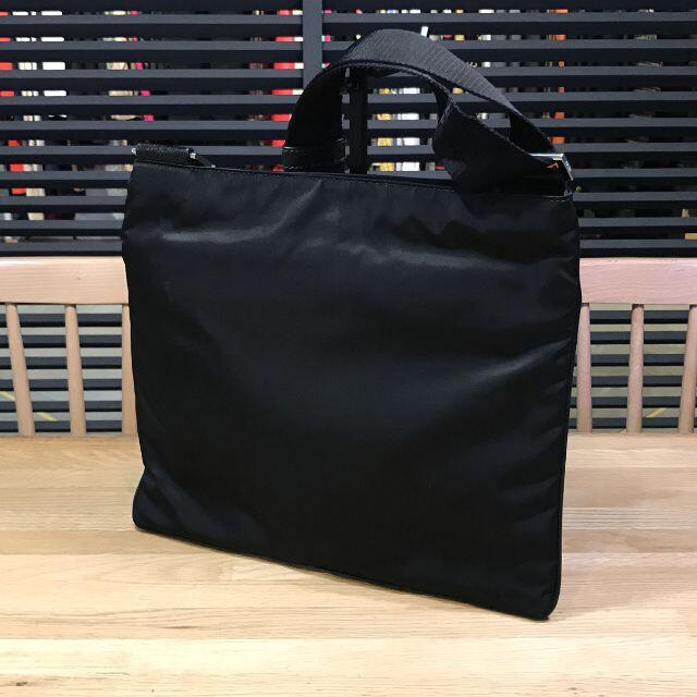 PRADA(プラダ)の新品未使用 プラダ 現行 ナイロン ショルダーバッグ サフィアーノ 黒 メンズのバッグ(ショルダーバッグ)の商品写真
