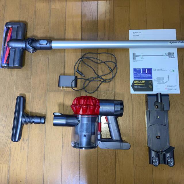 Dyson(ダイソン)の[ジャンク品]ダイソンv6 DC62セット+布団掃除用ヘッド スマホ/家電/カメラの生活家電(掃除機)の商品写真