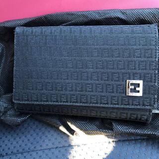 フェンディ(FENDI)のFENDI 折りたたみ財布(折り財布)