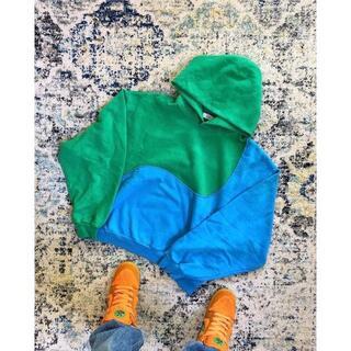 ヴィスヴィム(VISVIM)のカニエウエスト 着用 ERL Swirl Hoodie Blue/Green(パーカー)