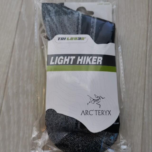 アークテリクス 靴下 ソックスサイズ 26センチ〜28センチ 黒グレー メンズのレッグウェア(ソックス)の商品写真