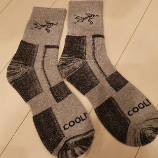 アークテリクス 靴下 ソックスサイズ 26センチ〜28センチ 薄グレー(ソックス)