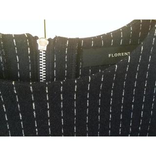フローレント(FLORENT)のFLORENT ネイビーにホワイトステッチのワンピース(ひざ丈ワンピース)