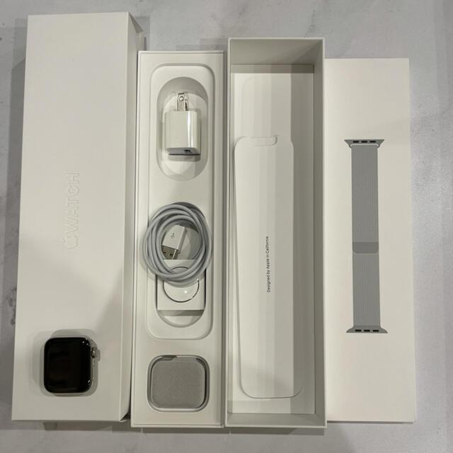 Apple Watch(アップルウォッチ)のアップルウォッチ series5 ステンレス シルバー 40mm メンズの時計(腕時計(デジタル))の商品写真