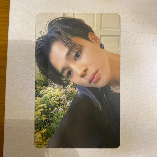 防弾少年団(BTS)(ボウダンショウネンダン)のBTS BE トレカ ジミン エンタメ/ホビーのCD(K-POP/アジア)の商品写真