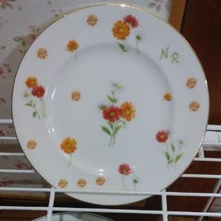 ニナリッチ(NINA RICCI)のNINA RICCIお皿1枚の値段ですケーキ皿(食器)