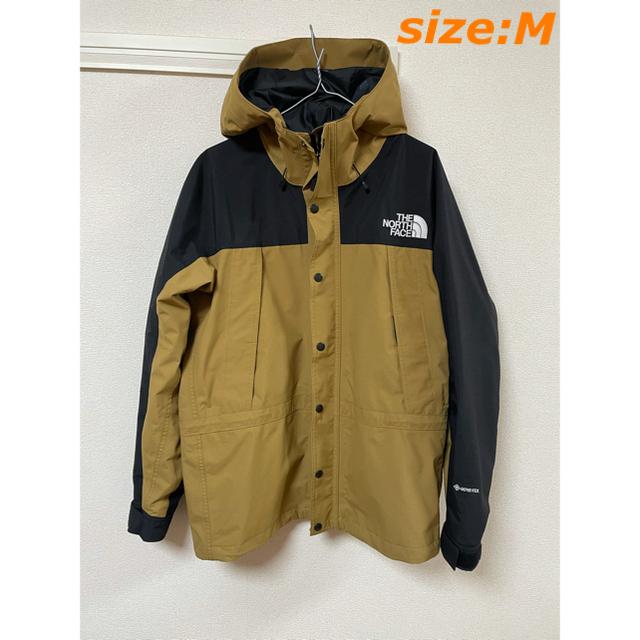THE NORTH FACE(ザノースフェイス)のノースフェイス マウンテンライトジャケット ブリティッシュカーキ Mサイズ メンズのジャケット/アウター(ナイロンジャケット)の商品写真