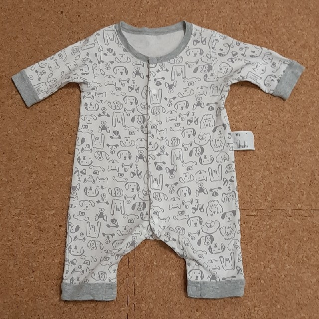 UNIQLO(ユニクロ)のUNIQLO ロンパース 60 キッズ/ベビー/マタニティのベビー服(~85cm)(ロンパース)の商品写真