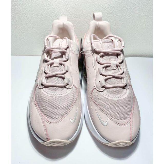 NIKE(ナイキ)のナイキ エアマックス ヴェローナ NIKE スニーカー ベアリーローズ ベローナ レディースの靴/シューズ(スニーカー)の商品写真